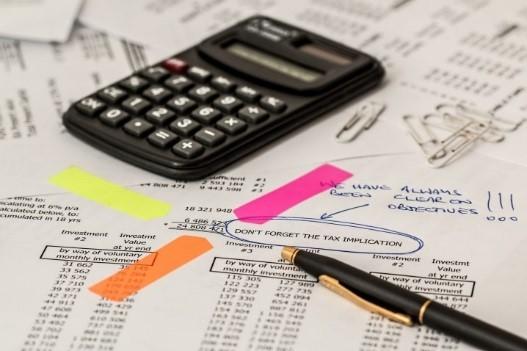 Think Accountants_calculators Richmond